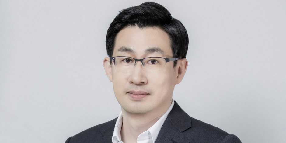 Line's 'chief wow officer' Jungho Shin is made co-chief executive