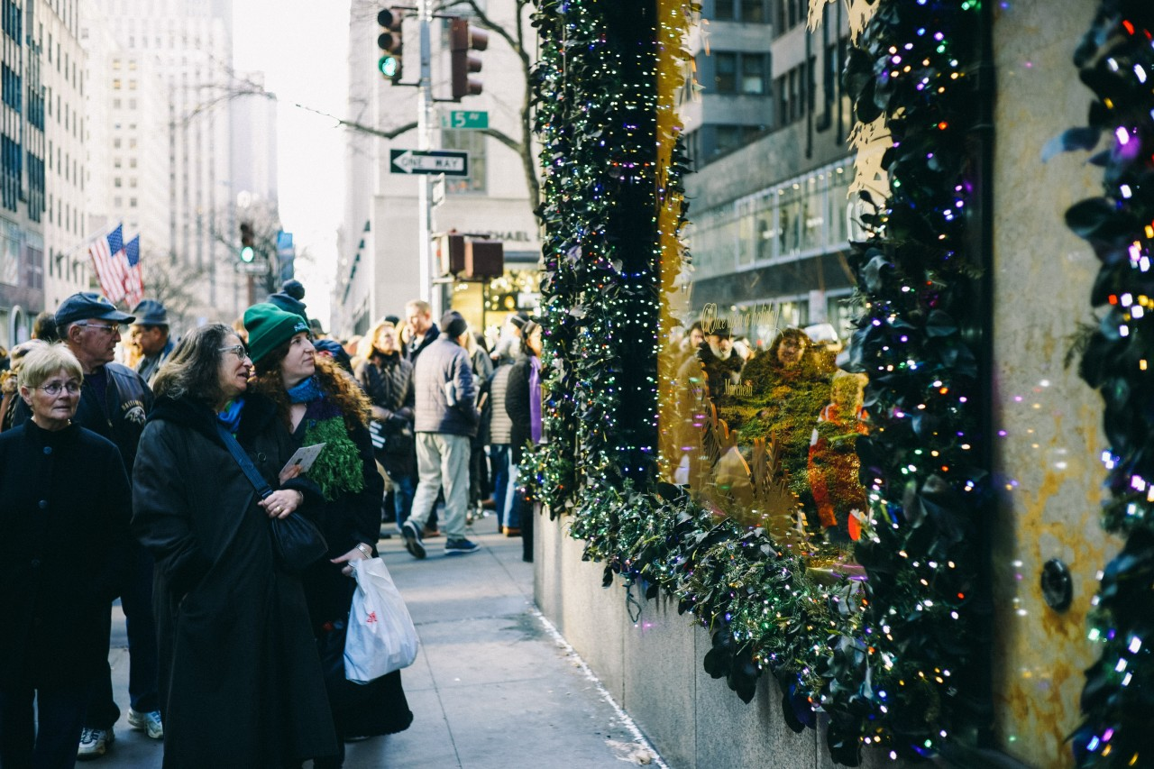 How to add the Christmas spirit to your social media campaigns