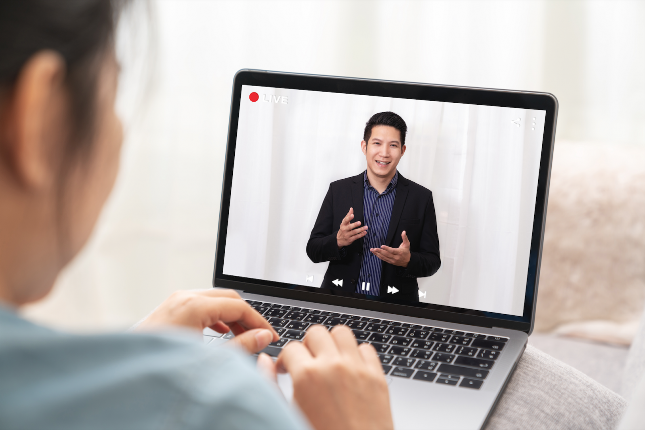How to give memorable presentations at virtual business events